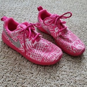 Girls size 13 like new Nikes